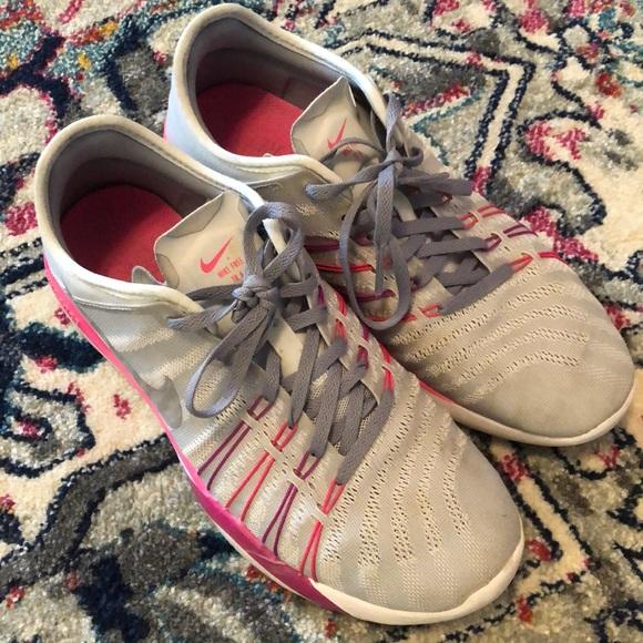 sale retailer 90a33 5c1c5 Nike Free TR 6 sneaker NORDSTROM EXCLUSIVE. M 5c76b5746a0bb7e698173b76